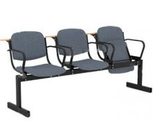 Кресло 3-местное, откидывающиеся сиденья, мягкий, подлокотники, лекцион.